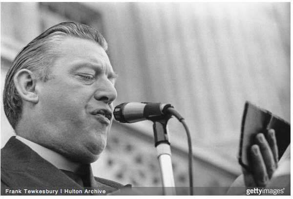 The Reverand Ian Paisley, Leader of the Democratic Unionist Party of Northern Ireland, making a speech, 3rd June 1974.